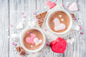 bigstock-Valentines-Day-Hot-Chocolate-W-277040152